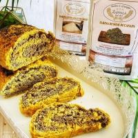 Pane bicolore prodotto con zafferano, #farinadicanapa e #farinadiorzo.